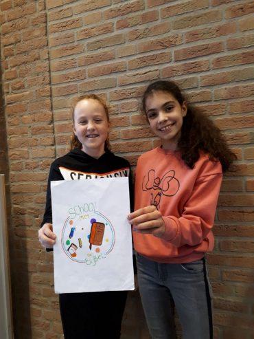Sterre en Esmee ontwerpen een logo