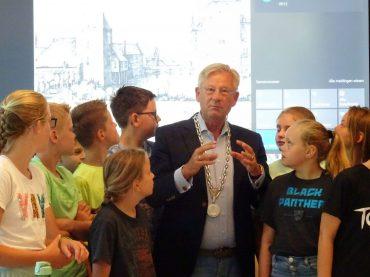 Groep 7 – Een gastles met de burgemeester